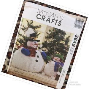 MCCALLS SEWING PATTERN SNOWMAN ARTS AND CRAFTS